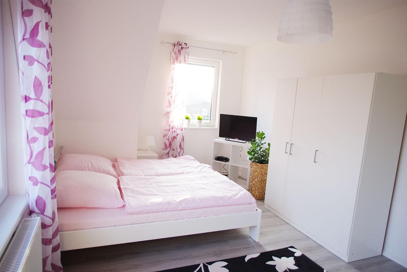 Suite mit Doppelbett und Küche